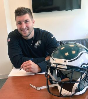 tim tebow signing
